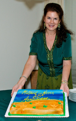 Mara Purl with MH radio drama 25th Anniversary cake