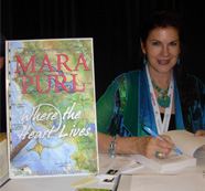 Mara Purl signs Advanced Reader Copies