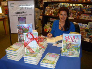 Mara Purl signs at Barnes & Noble
