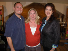 Jay & Carolyn Moore with Mara Purl