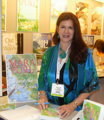 Mara Purl signs at Book Expo America